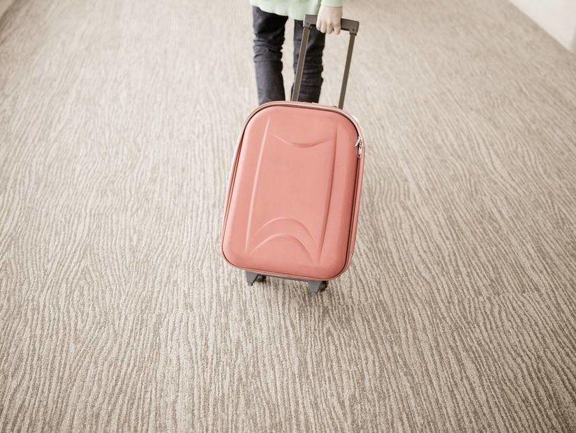 2- Pasaport ve evrakları el bagajına yerleştirin