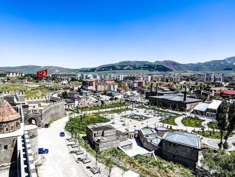10. Erzurum