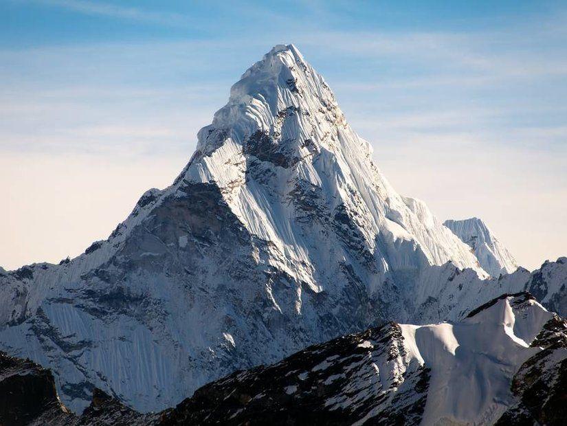 1- Everest Dağı