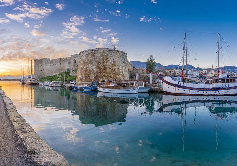 3- Girne Yat Limanı