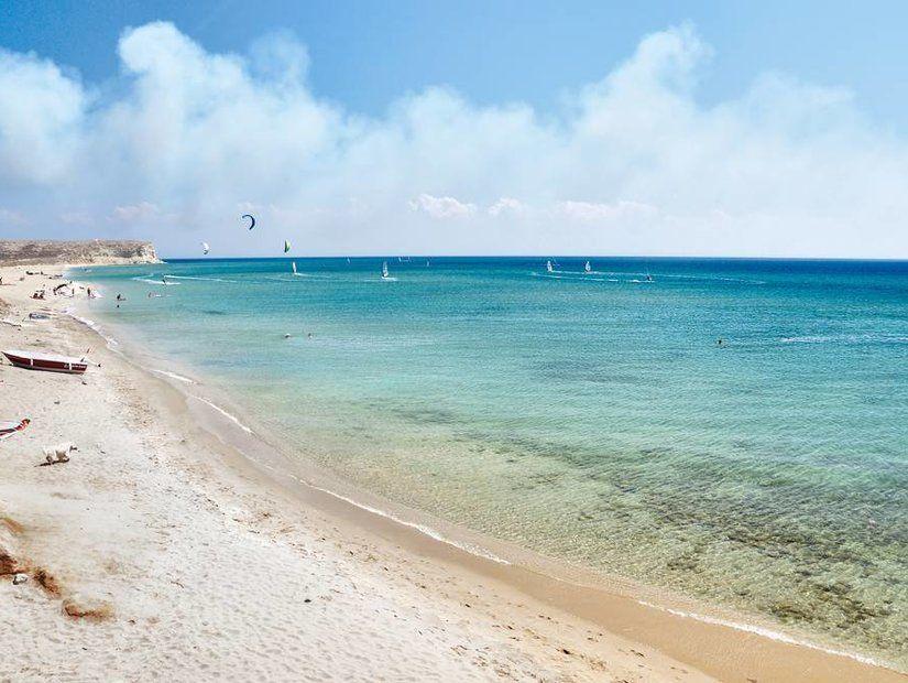 3- Ege'nin serin sularına açılan plajlar