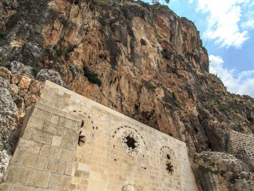 6- Zamanın tanığı eski yapılar