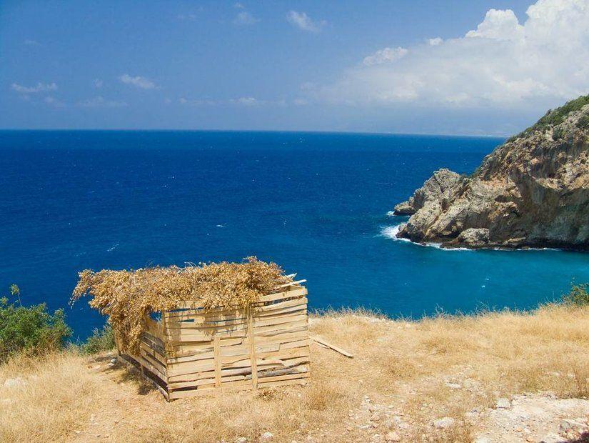 7- Akdeniz'in tuzlu sularıyla buluşturan plajlar