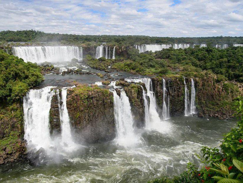 2- Igauzu Şelalesi – Brezilya ve Arjantin