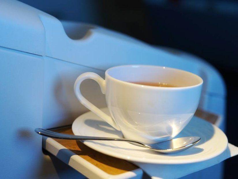 Kahve veya çay içerken