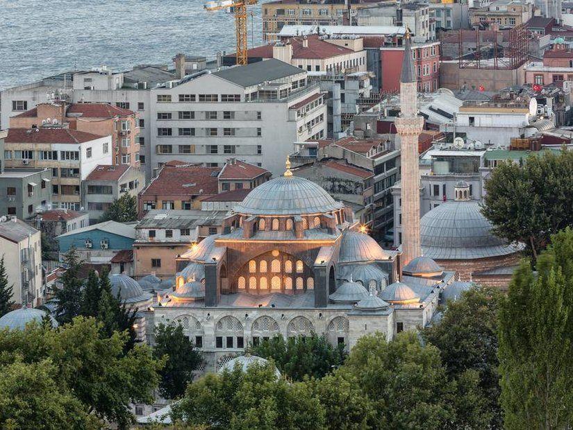 Kılıç Ali Paşa Camisi: