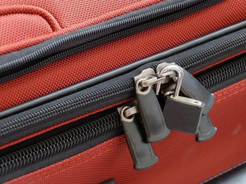 3- Bavulunuzu kilitlemeyin