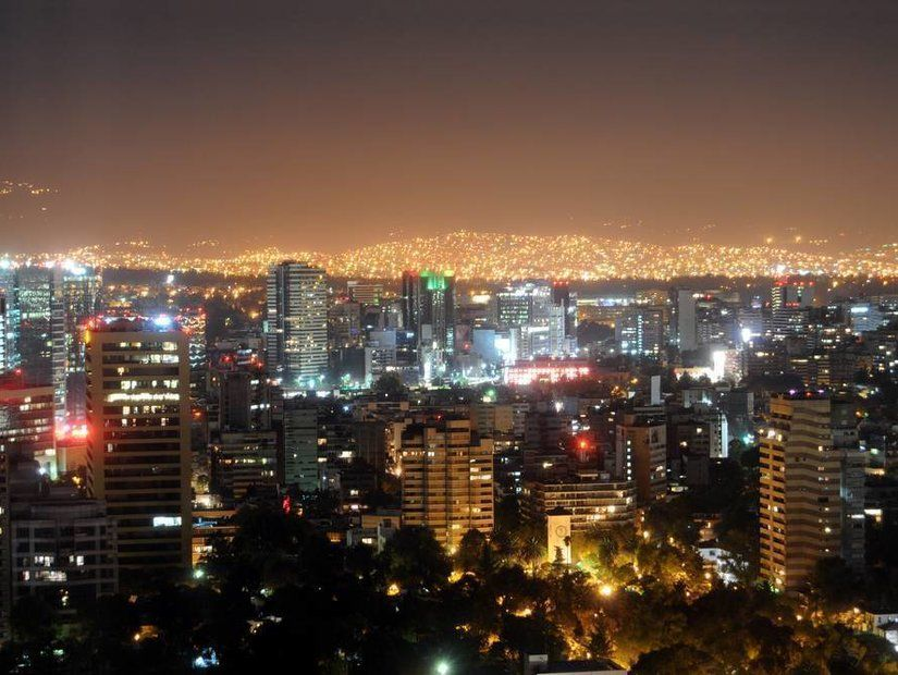 Yüksek başkent Mexico City'i keşfedin