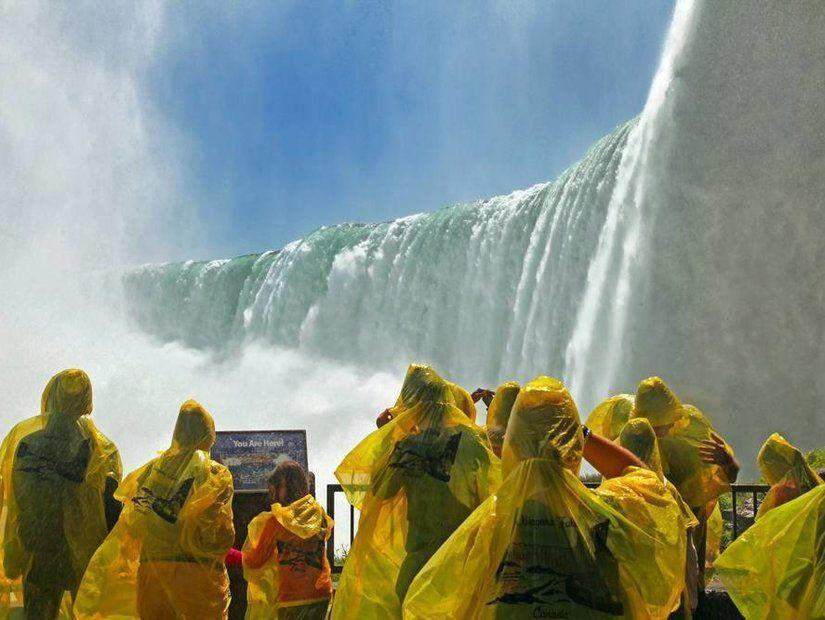 1- Niagara Şelaleleri – Kanada ve ABD