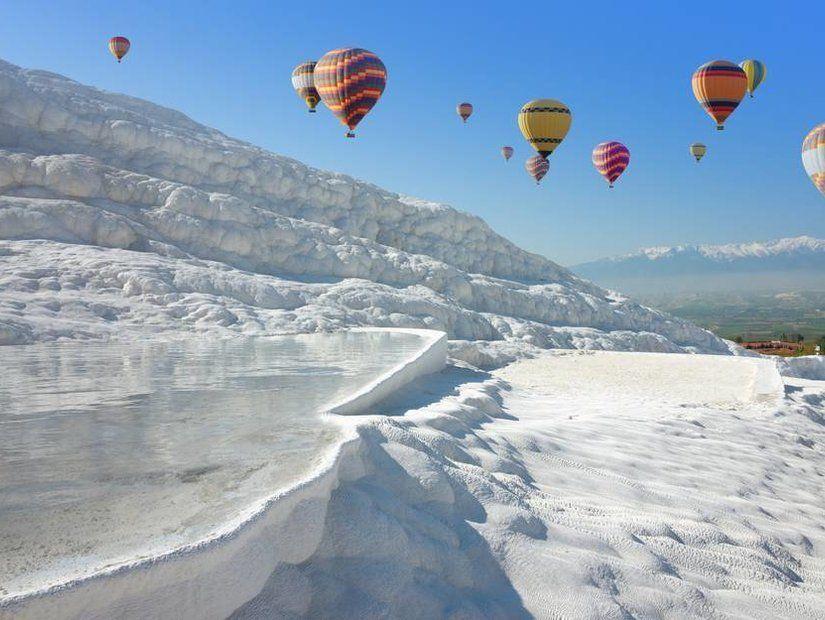 2- Pamukkale Travertenleri'ne uçuşlar 45 TL'den başlayan fiyatlarla