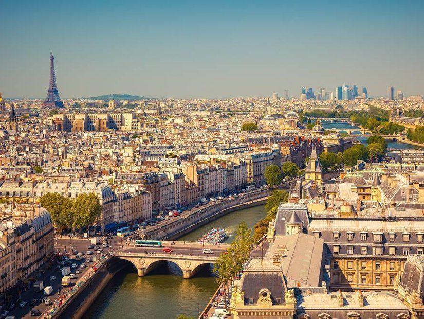 Paris'e gidiş dönüş 350 TL bilet