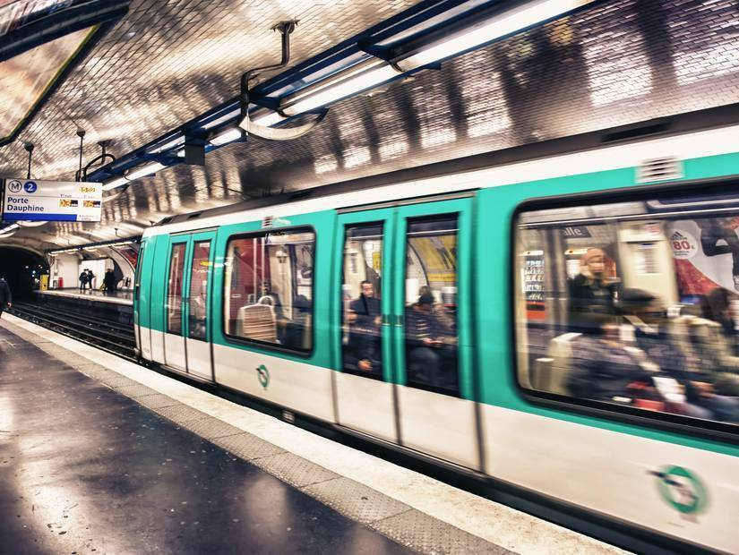8- Şehrin en uzun caddesi Rue de Vaugirard