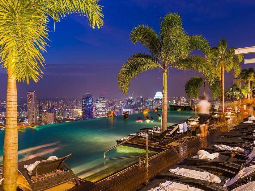 2- Marina Bay Sands'ta havuz keyfi