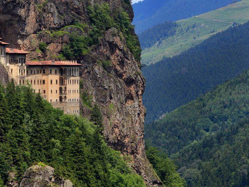 3- Sümela Manastırı – Trabzon