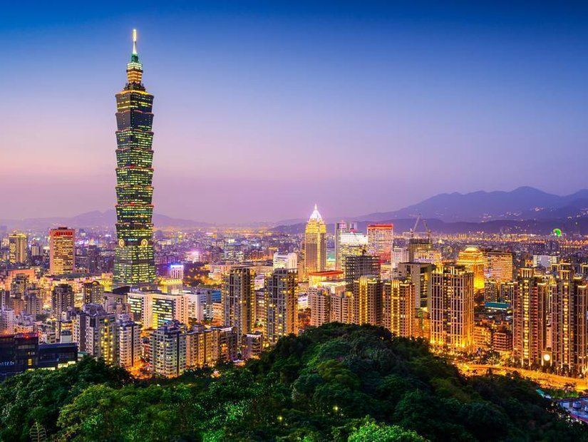 Taipei – New York 15 saat 30 dakika