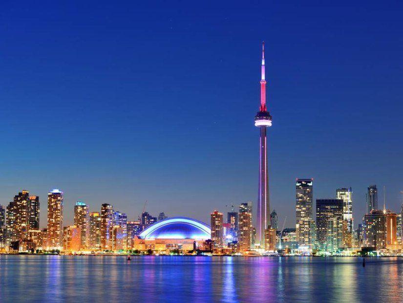 Toronto'yu zirveden izle