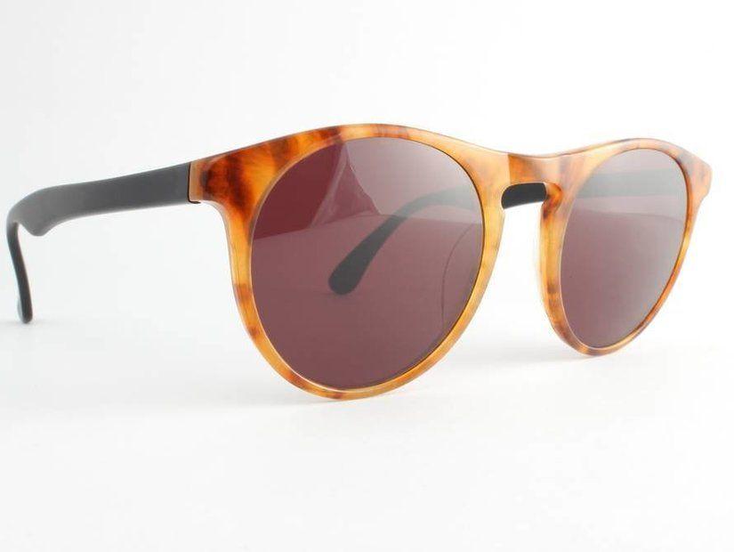 Yuvarlak güneş gözlükleri