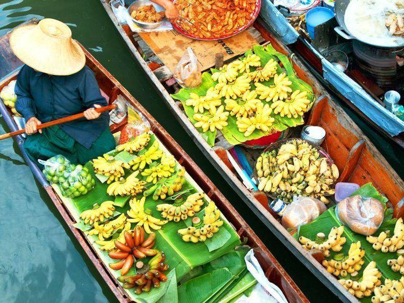 1- Yüzen Pazar – Tayland